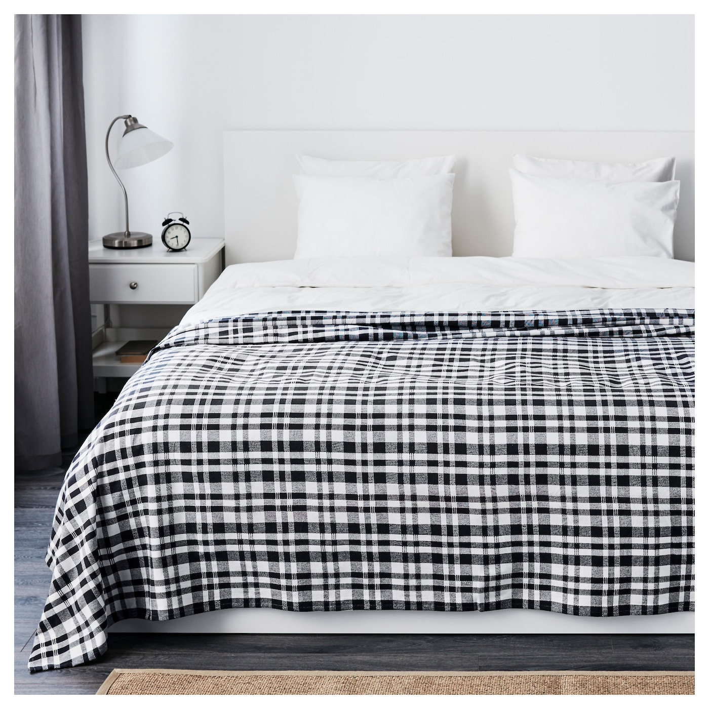 IKEA BACKVIAL bedspread Woven from thick and thin yarn; adds life and texture to the bedspread.