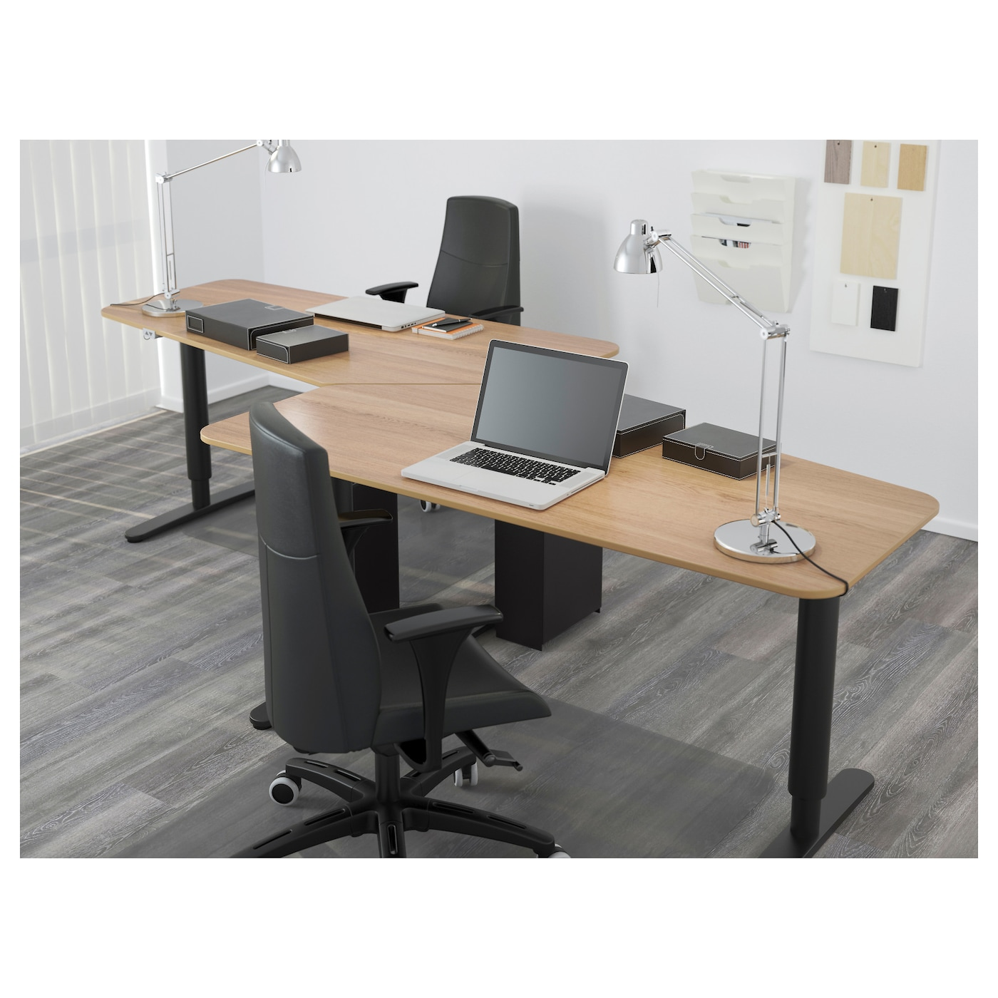BEKANT 5-sided Desk Sit/stand Oak Veneer/black 160x80 Cm