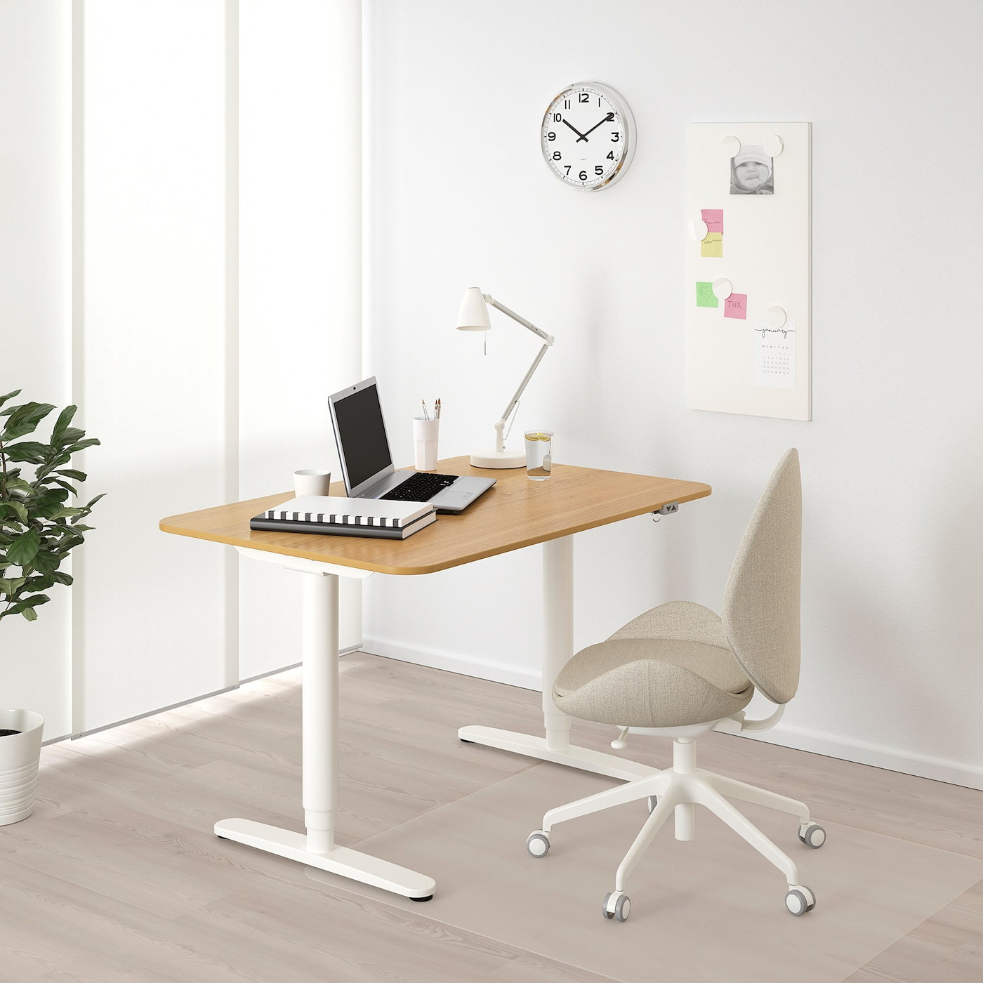 BEKANT Desk sit/stand, oak veneer/white, 120x80 cm