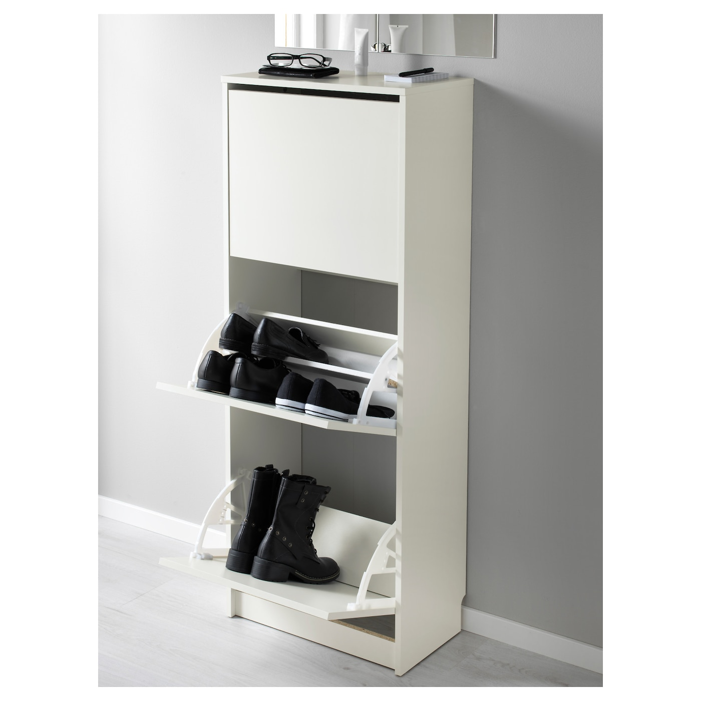 BISSA Shoe cabinet with 3 compartments White 49x135 cm - IKEA