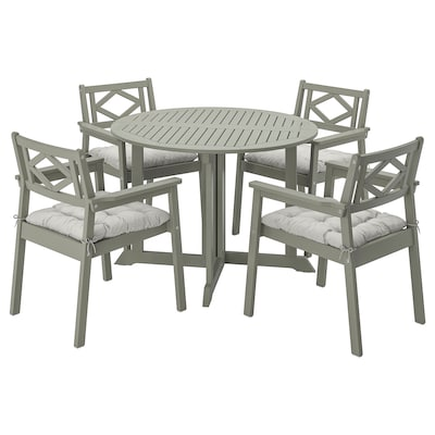 BONDHOLMEN Table+4 chairs w armrests, outdoor, grey stained/Kuddarna grey