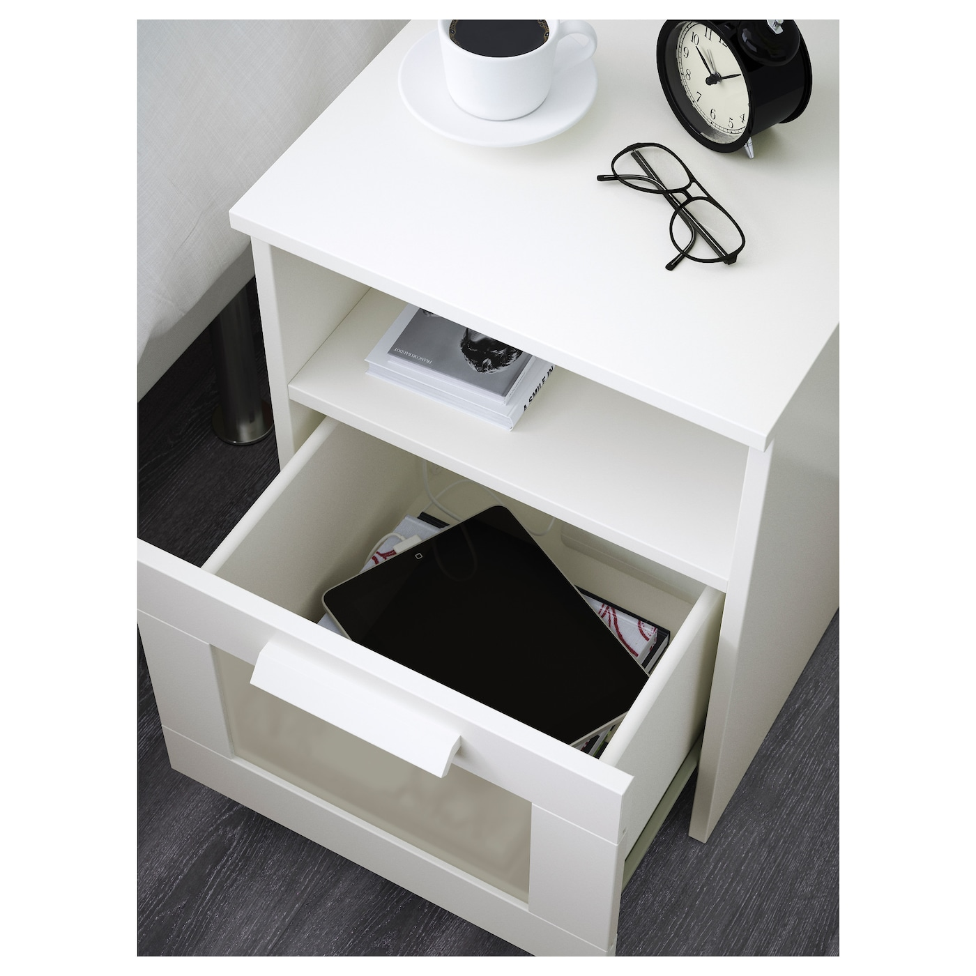 Brimnes bedside table white 39x41 cm ikea for Table ikea blanche