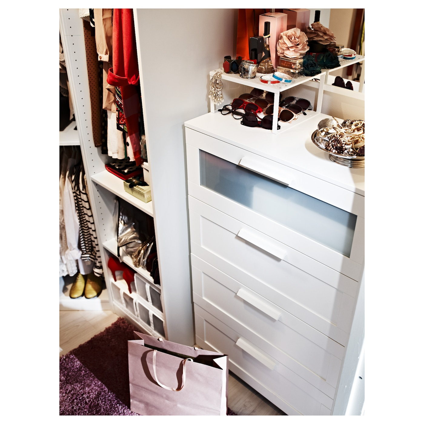 brimnes chest of 4 drawers white frosted glass 78 x 124 cm ikea. Black Bedroom Furniture Sets. Home Design Ideas