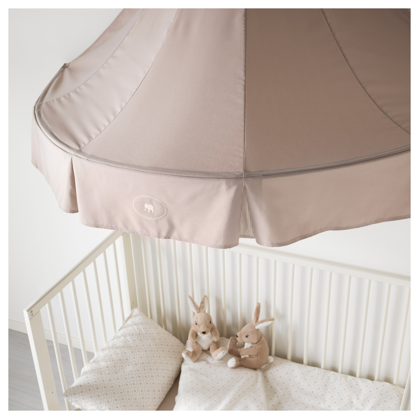 charmtroll bed canopy beige ikea. Black Bedroom Furniture Sets. Home Design Ideas