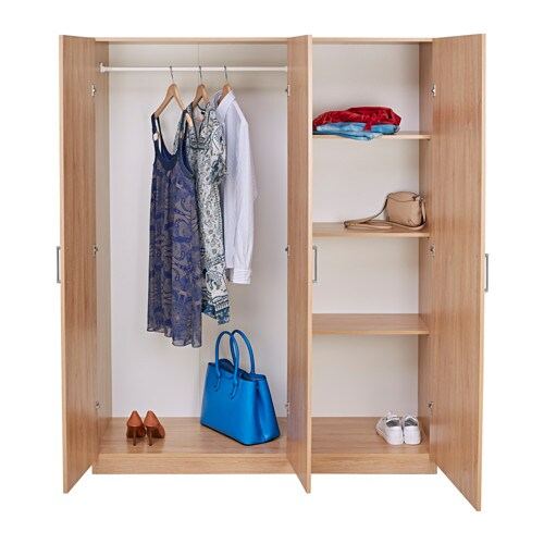 IKEA DOMBÅS wardrobe Adjustable hinges ensure that the doors hang
