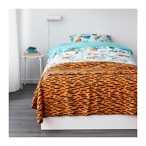 IKEA DUVTRÄD bedspread/blanket Fleece is a soft, easy-care material that you can machine wash.