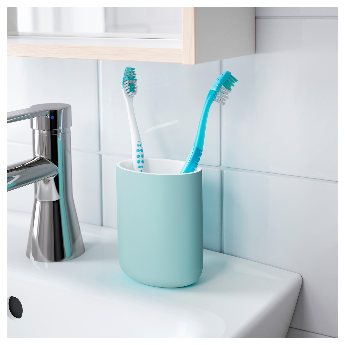 Ekoln toothbrush holder turquoise ikea for Bathroom accessories electric toothbrush holder