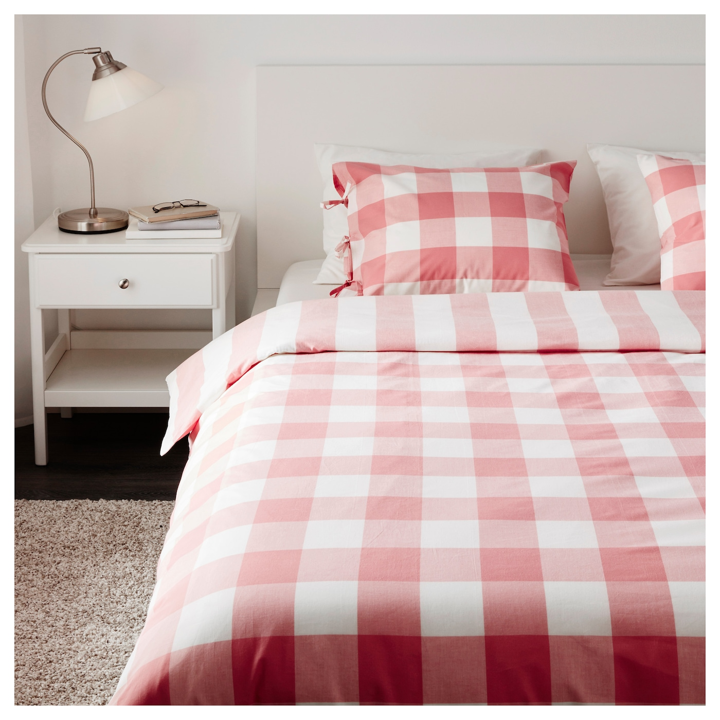 emmie ruta quilt cover and 4 pillowcases pink white 200x200 50x80 cm ikea. Black Bedroom Furniture Sets. Home Design Ideas
