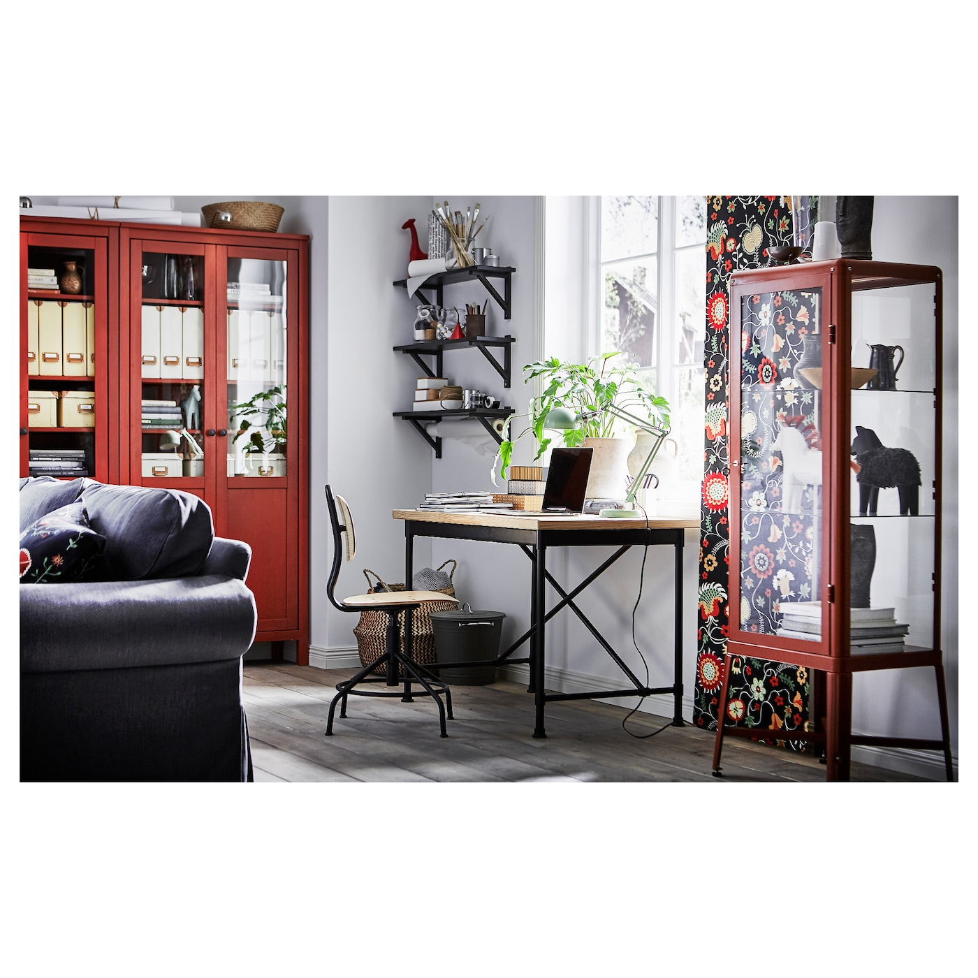 fabrik r glass door cabinet redbrown 57x150 cm ikea. Black Bedroom Furniture Sets. Home Design Ideas