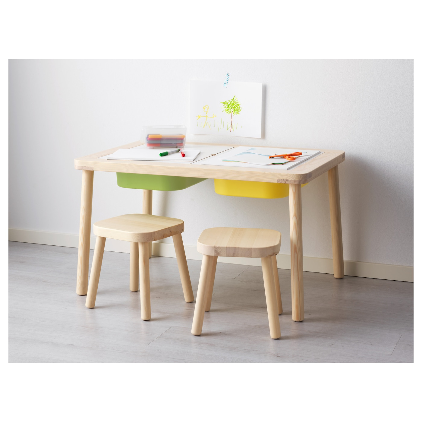 Flisat children 39 s table 83x58 cm ikea for Table ikea blanche