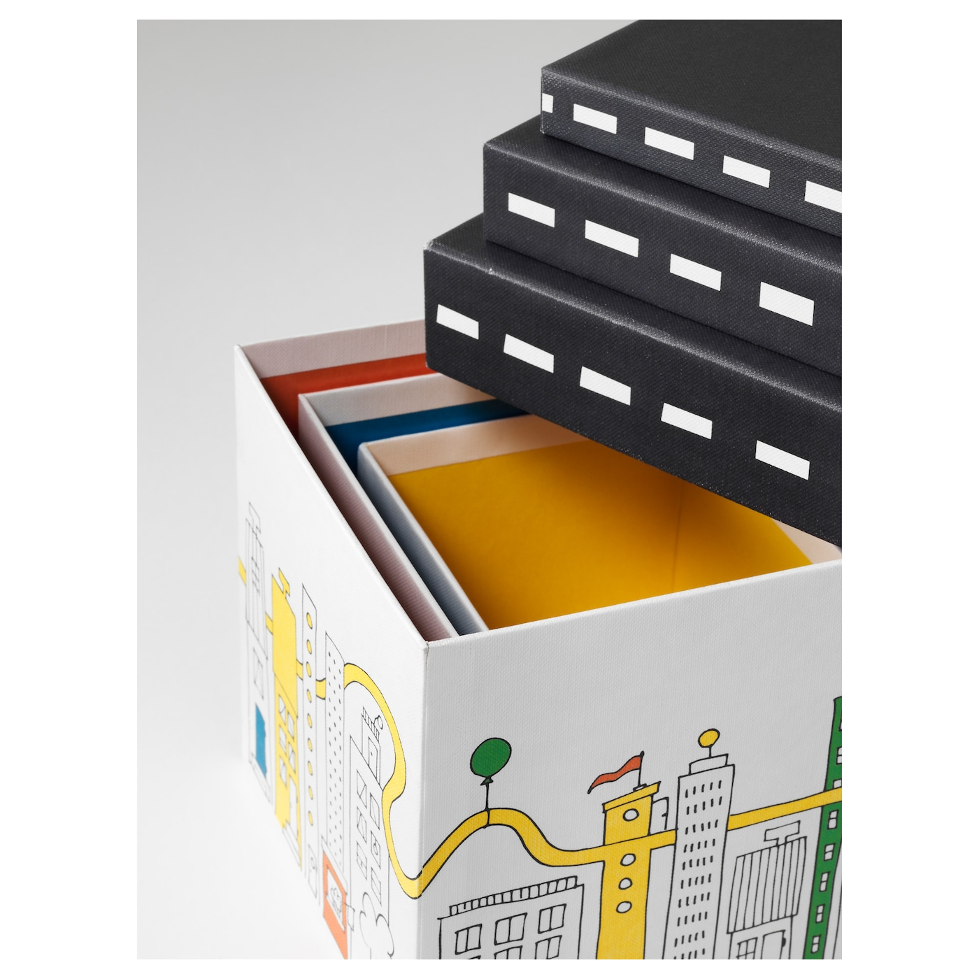 IKEA FLYTTBAR box with lid Ideal for storing small things on the desk, hobby beads, and small toys.