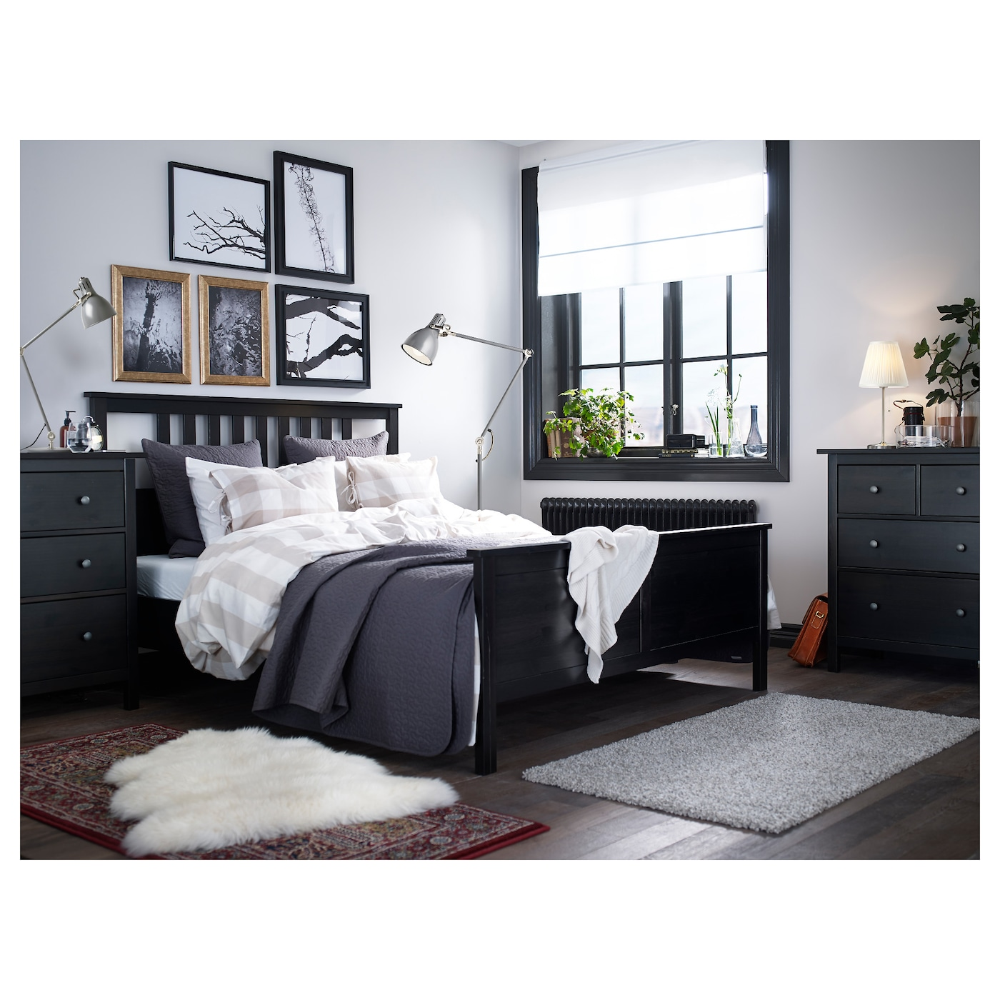 hemnes bed frame black brown l nset standard king ikea. Black Bedroom Furniture Sets. Home Design Ideas