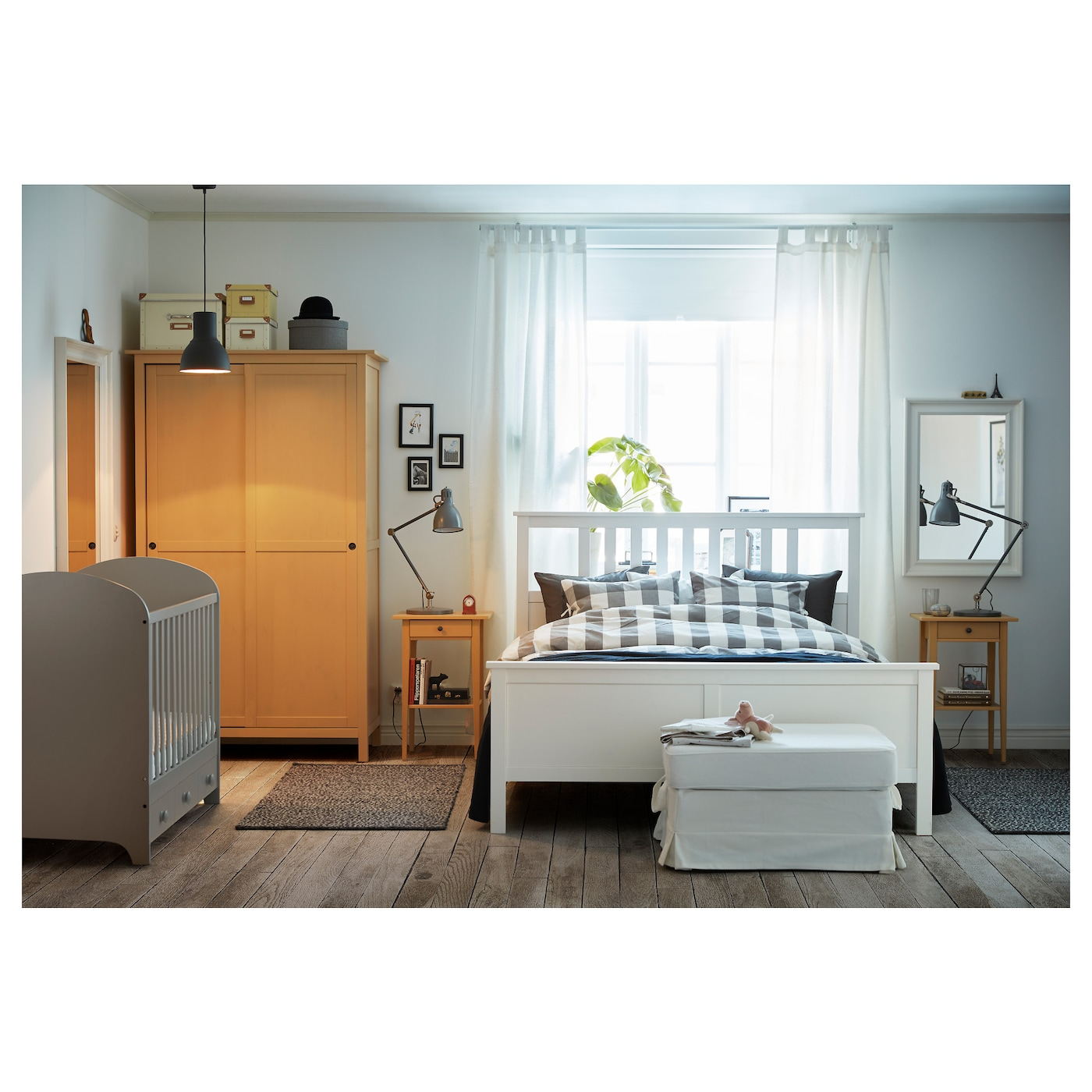 Hemnes bed frame white stain lur y standard double ikea for Table extensible ikea bjursta brun noir