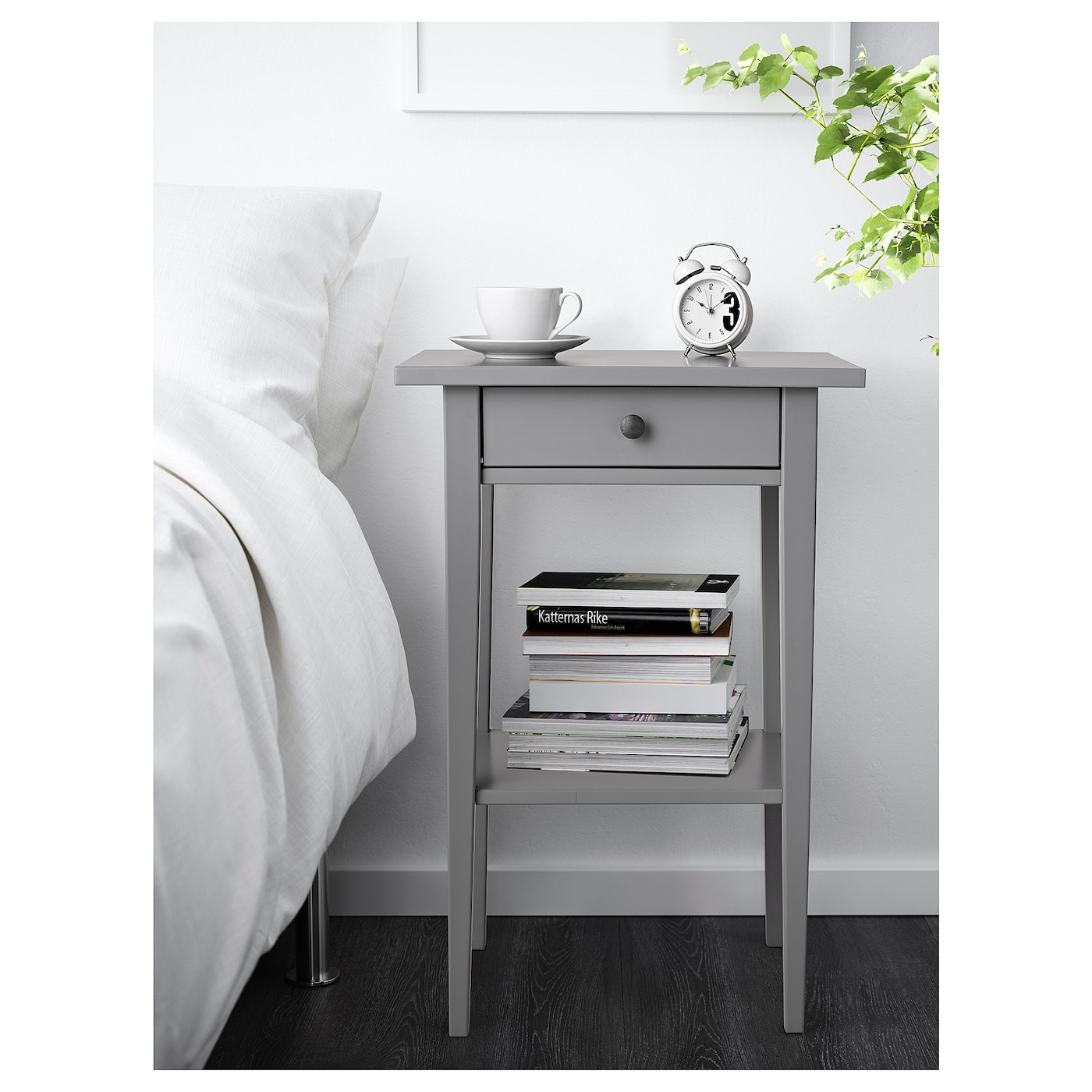 Hemnes bedside table grey 46x35 cm ikea for Ikea hemnes grau