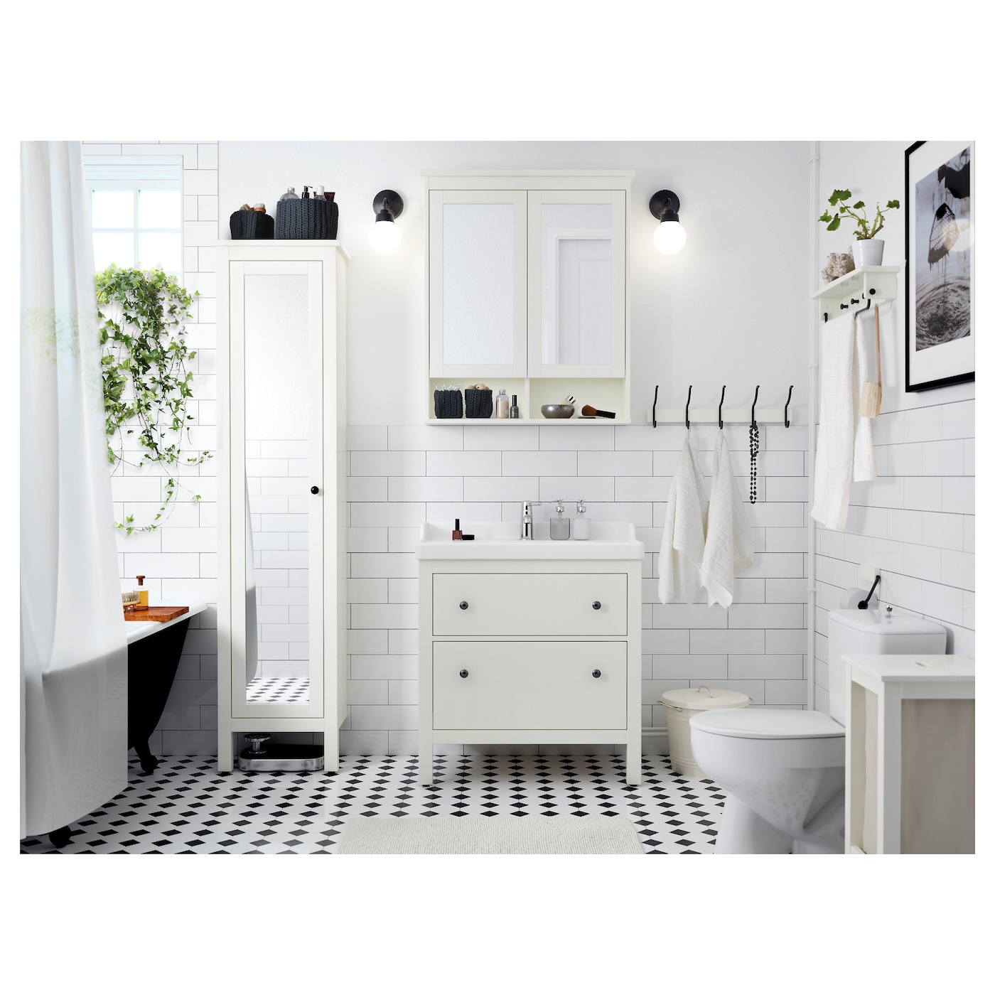 Hemnes high cabinet with mirror door white 49x31x200 cm ikea for Meubles salle de bain ikea godmorgon