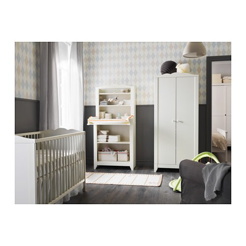 IKEA HENSVIK cot The cot base can be placed at two different heights