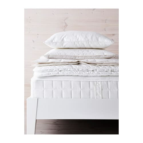 IKEA HYLLESTAD pocket sprung mattress A generous layer of soft fillings adds support and comfort.