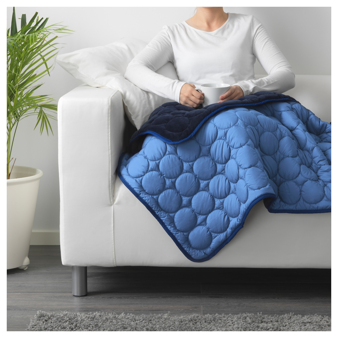 IKEA IKEA PS 2017 blanket Can be used as bedspread for a single bed or as a large blanket.