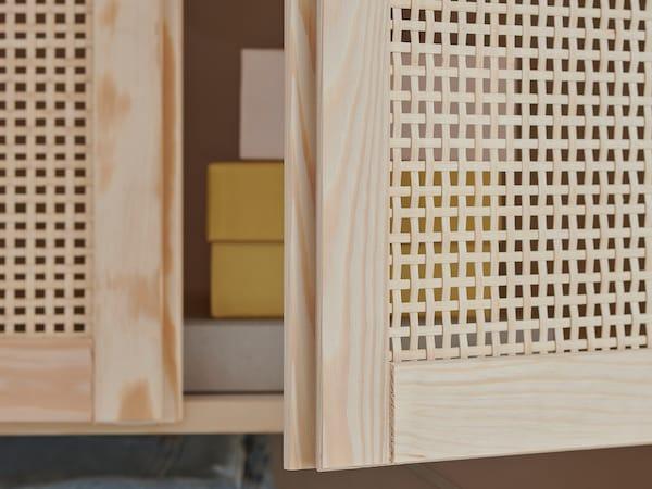 IVAR Shelving unit with doors, pine, 89x30x124 cm