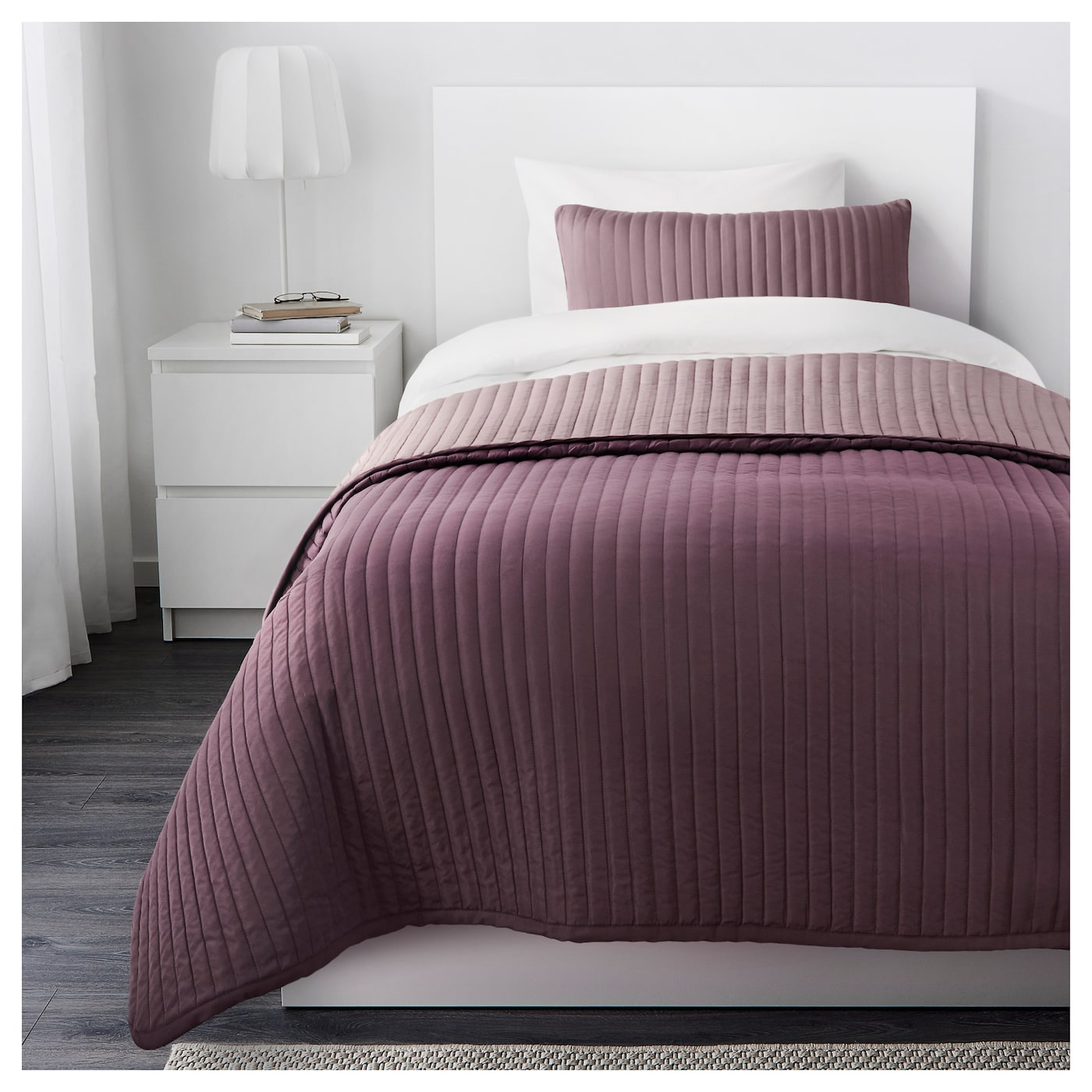 karit bedspread and cushion cover lilac 180x280 40x65 cm ikea. Black Bedroom Furniture Sets. Home Design Ideas