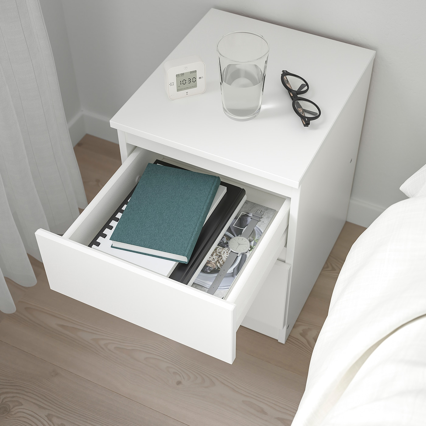 How to install Bed Side Table Kullen