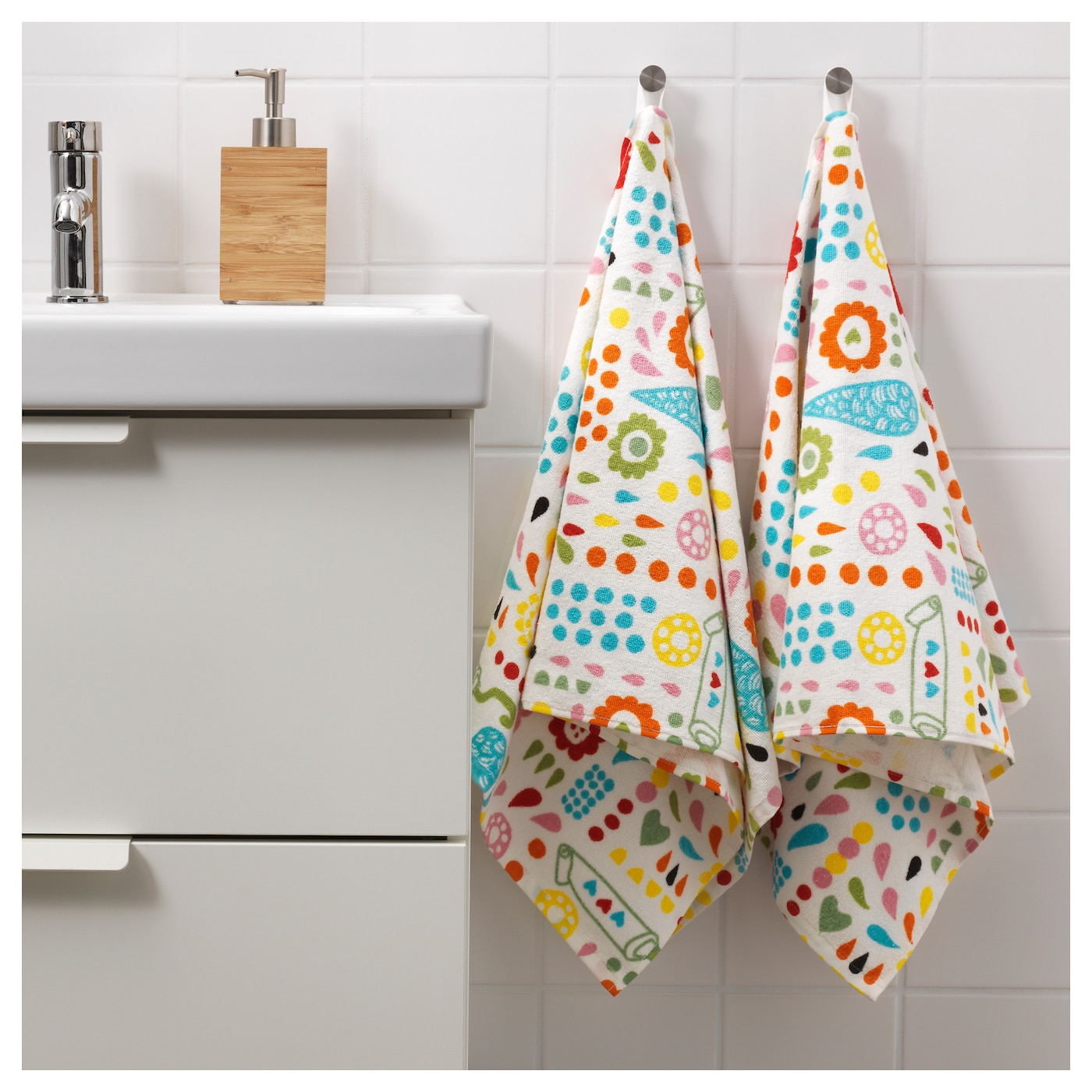 IKEA LÖNNERN hand towel A terry towel that is soft and absorbent (weight 390 g/m²).