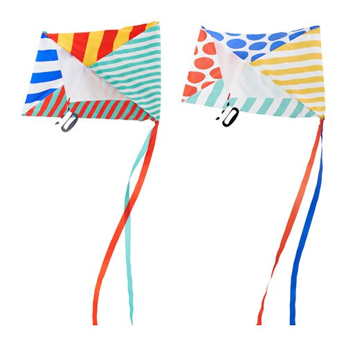 IKEA LATTJO kite An outdoor activity that children and adults can enjoy together.
