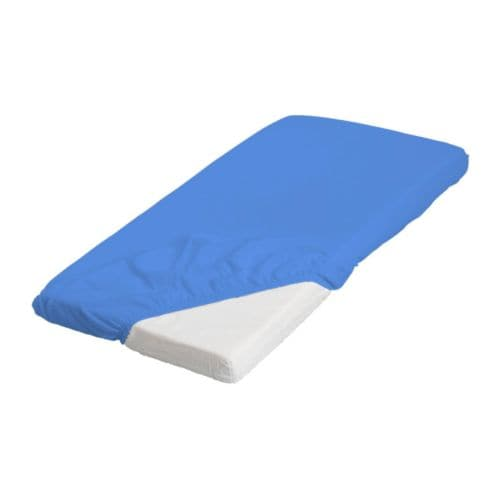 LEN Fitted sheet IKEA Elastic keeps the sheet stretched smooth around the mattress.