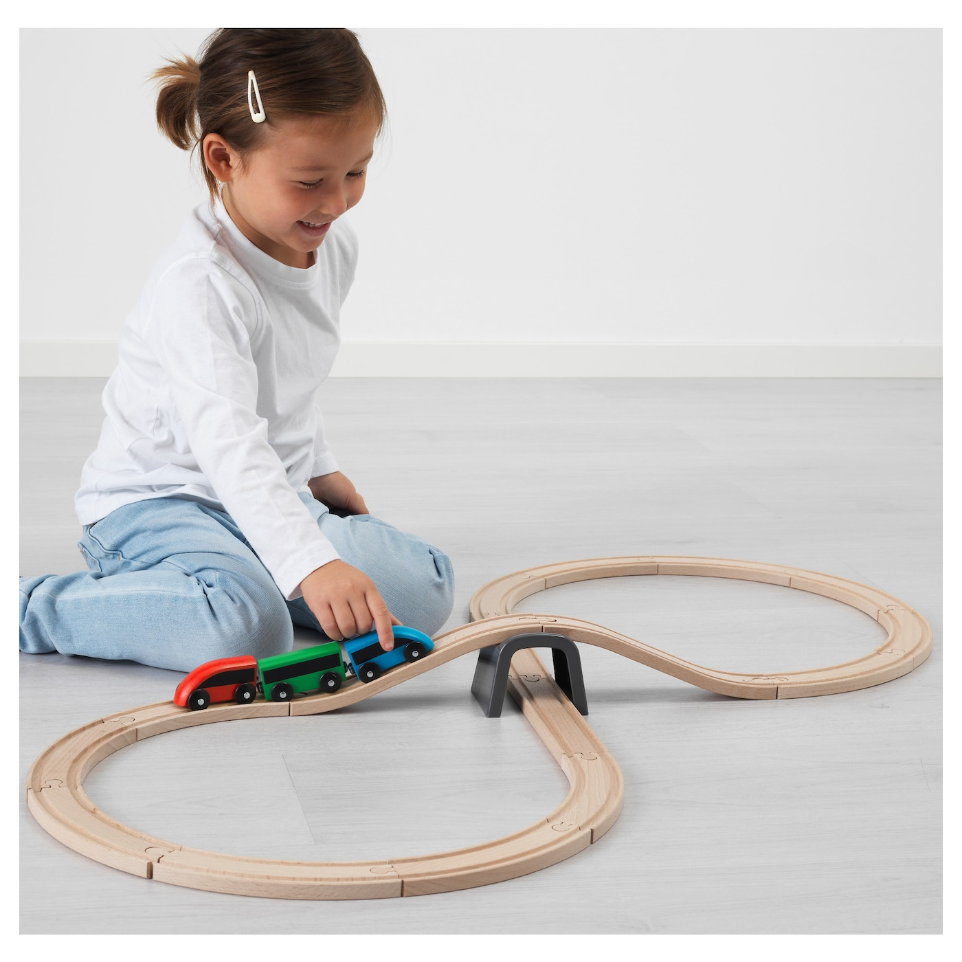 IKEA LILLABO 20-piece basic train set Combines with most other railway systems on the market.