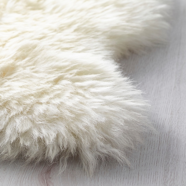 LUDDE sheepskin off-white 85 cm 55 cm 0.60 m²