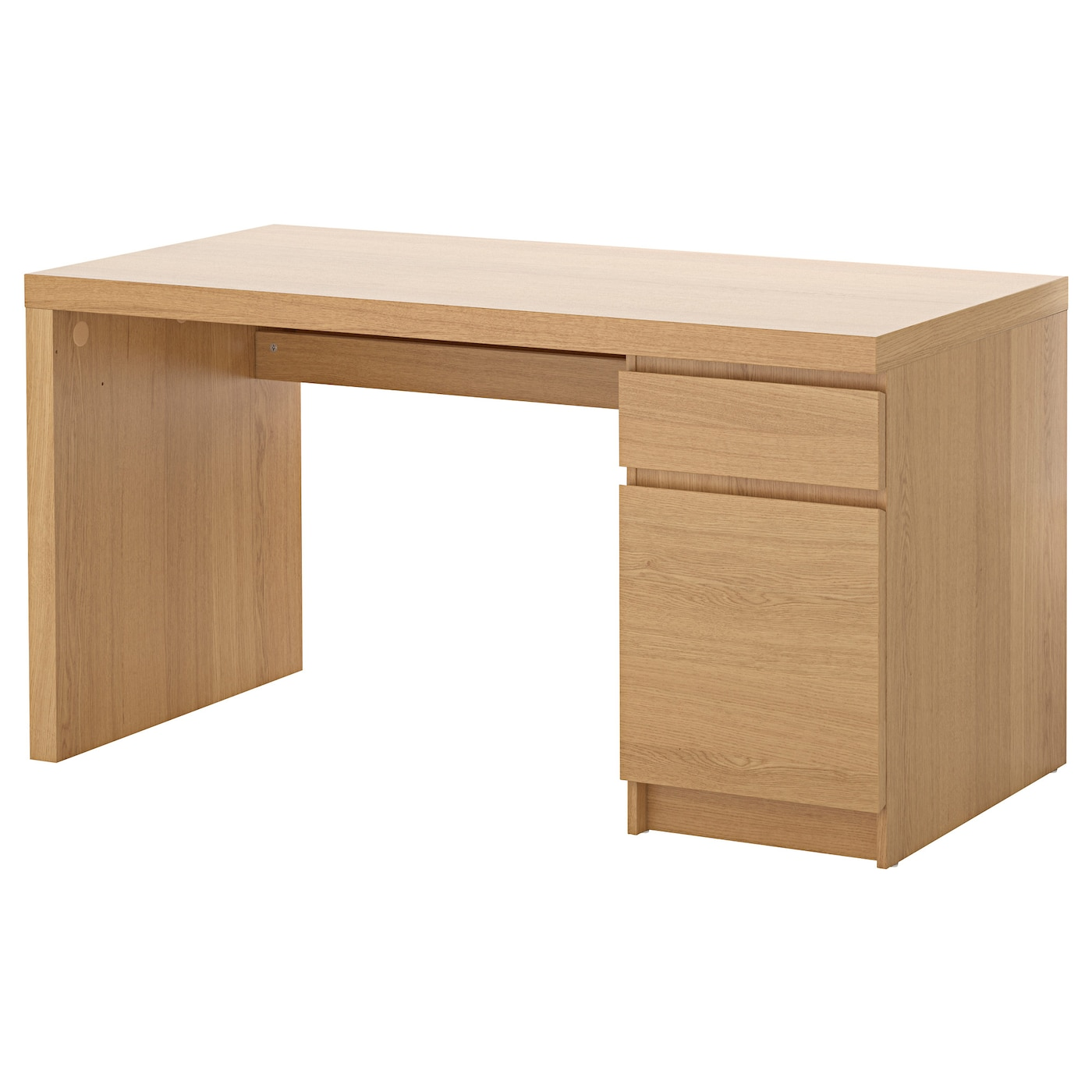 Malm desk oak veneer 140x65 cm ikea for Laquer un meuble en mdf