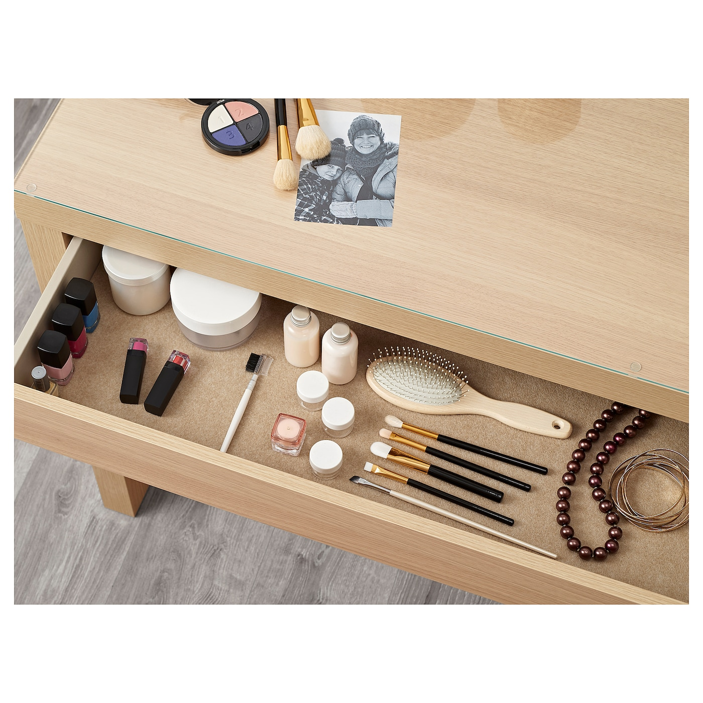 IKEA MALM dressing table Smooth running drawer with pull-out stop.