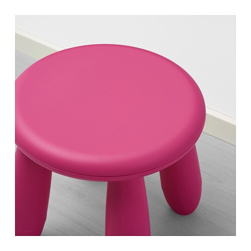 IKEA MAMMUT children's stool Made of plastic which makes it easy to carry and move for children.