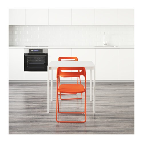 MELLTORPNISSE Table and 2 folding chairs Whiteorange 75  -> Ikea Wandregal Orange