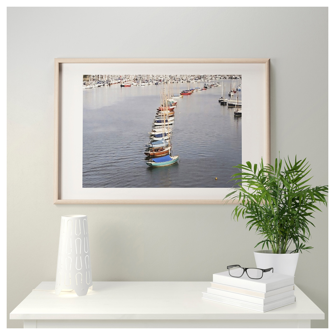 IKEA MOSSEBO frame Can be hung horizontally or vertically to fit in the space available.