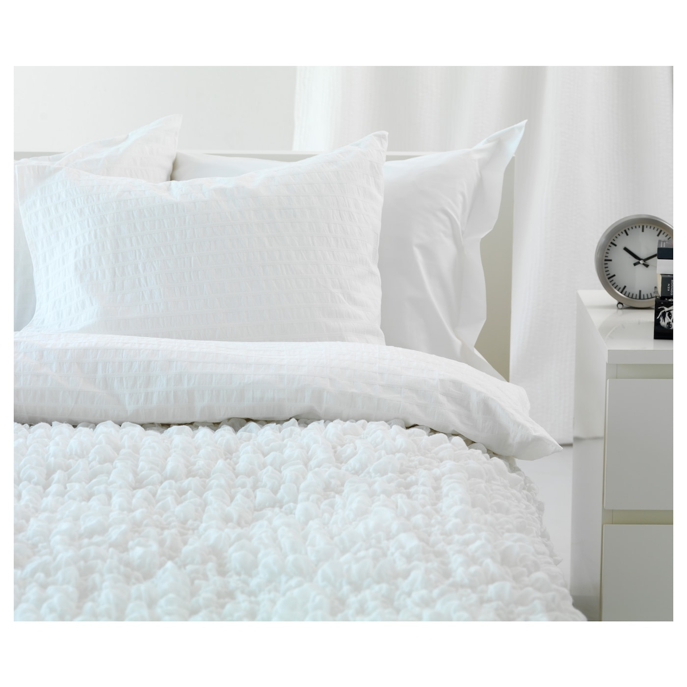 IKEA OFELIA blanket Fits beds up to 180 cm wide since the blanket is stretchable.