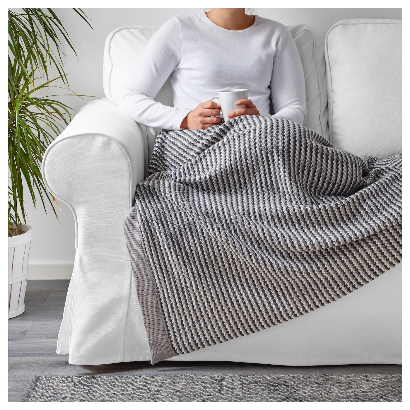 IKEA ORMHASSEL throw