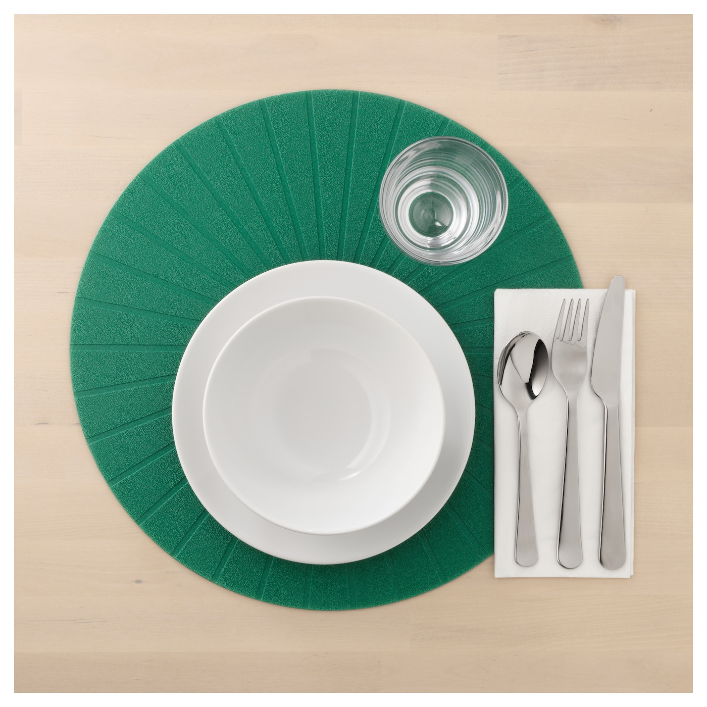 IKEA PANNÅ place mat Protects the table top surface and reduces noise from plates and cutlery.