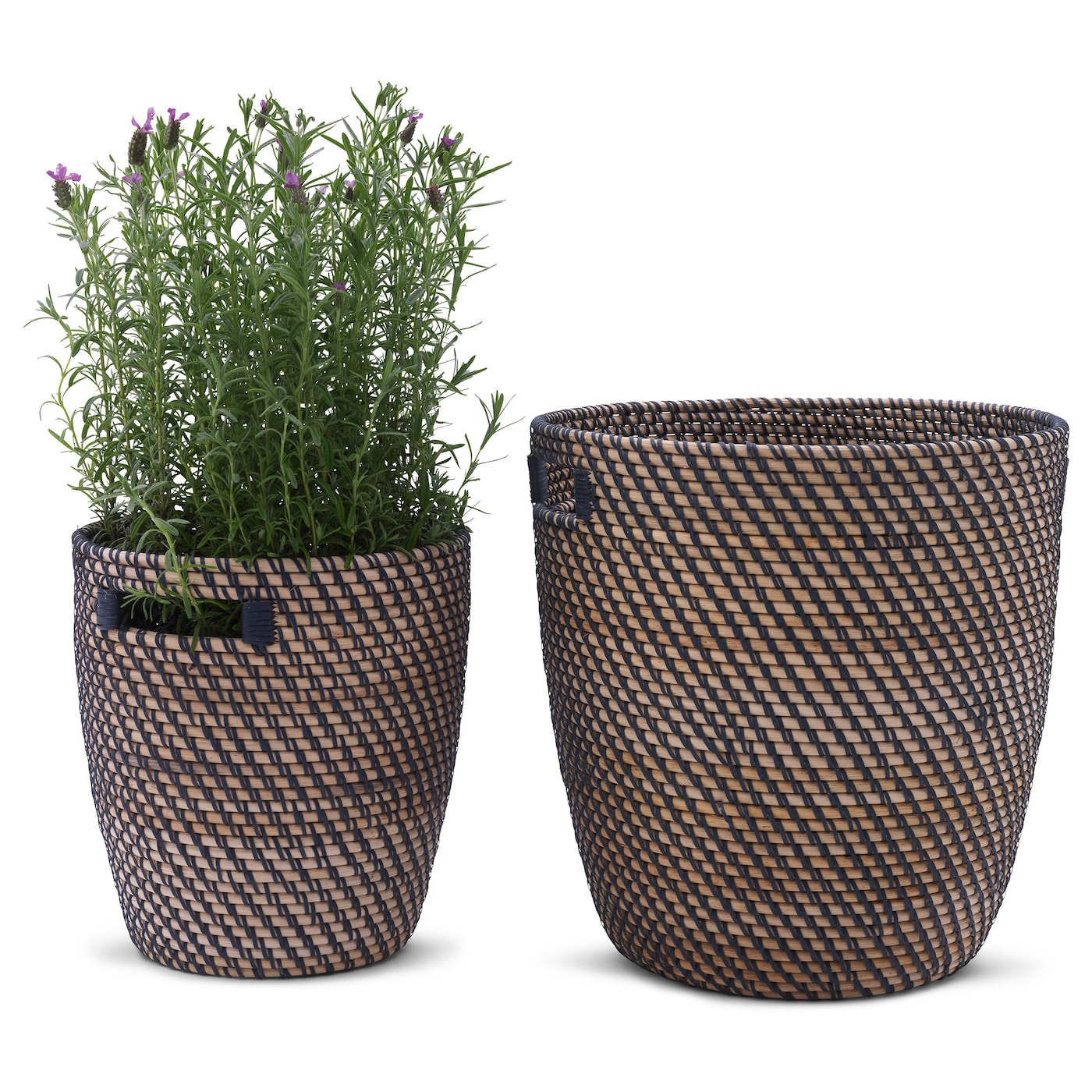 IKEA RÅGKORN plant pot A plastic inner pot makes the plant pot waterproof.