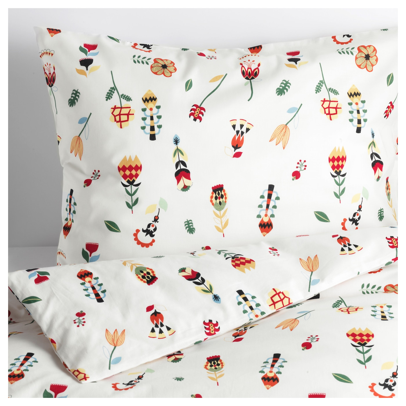 IKEA ROSENFIBBLA quilt cover and 2 pillowcases Cotton, feels soft and nice against your skin.
