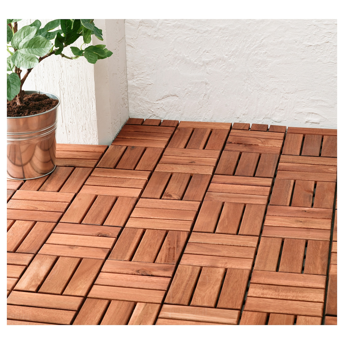 Runnen floor decking outdoor brown stained m ikea for Pavimento adesivo ikea