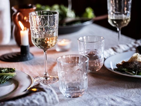 SÄLLSKAPLIG Wine glass, clear glass/patterned, 27 cl