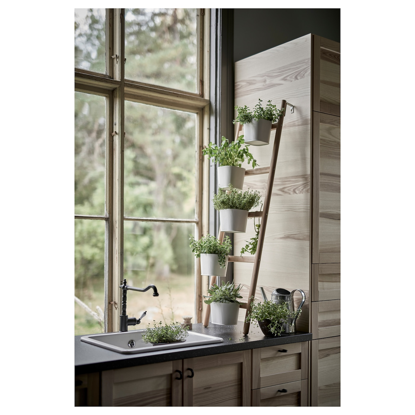 satsumas plant stand with 5 plant pots bamboo white 125 cm ikea. Black Bedroom Furniture Sets. Home Design Ideas