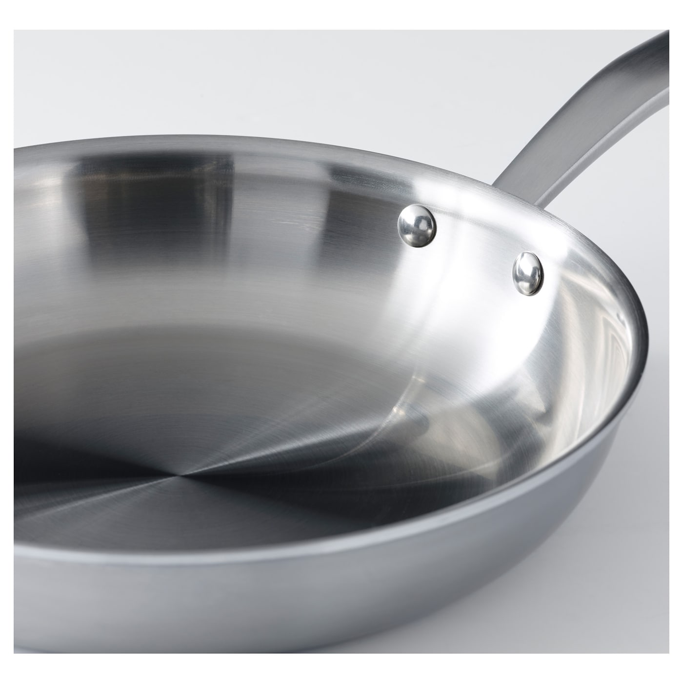 IKEA SENSUELL frying pan 25 year guarantee. Read about the terms in the guarantee brochure.