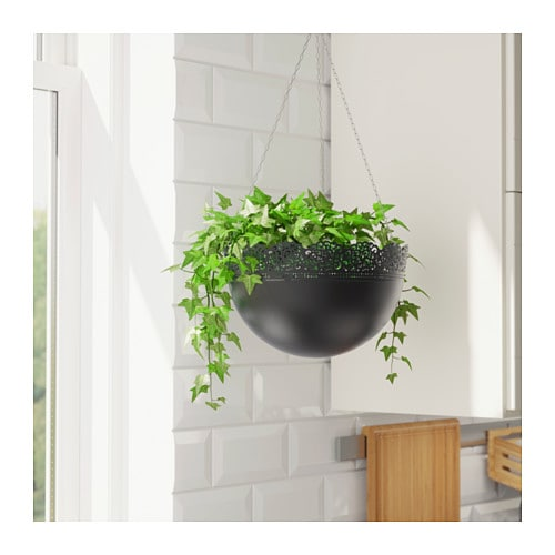 Skurar hanging planter in outdoor black 30 cm ikea for Black planters ikea