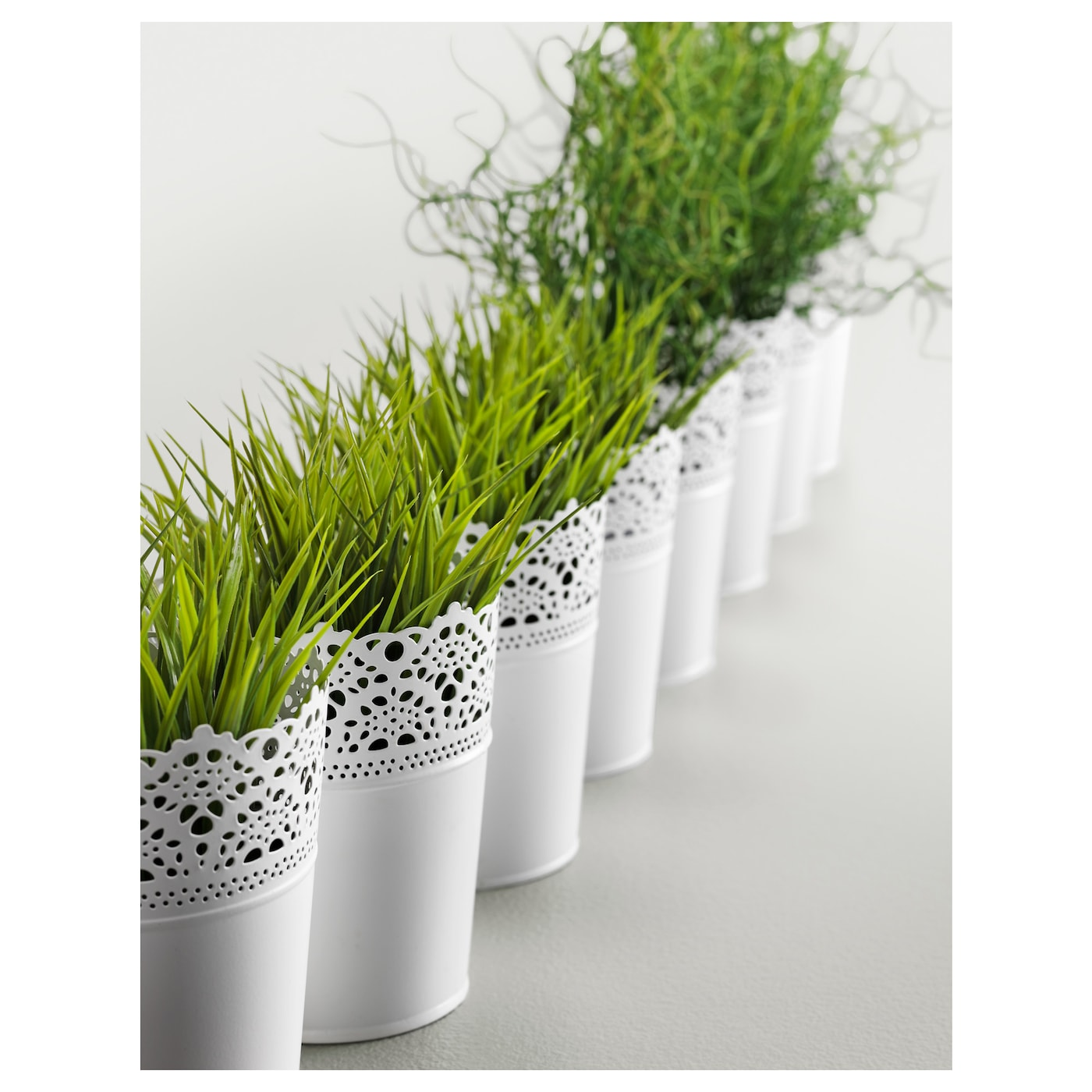 Skurar plant pot in outdoor off white 10 5 cm ikea for Ikea plantes