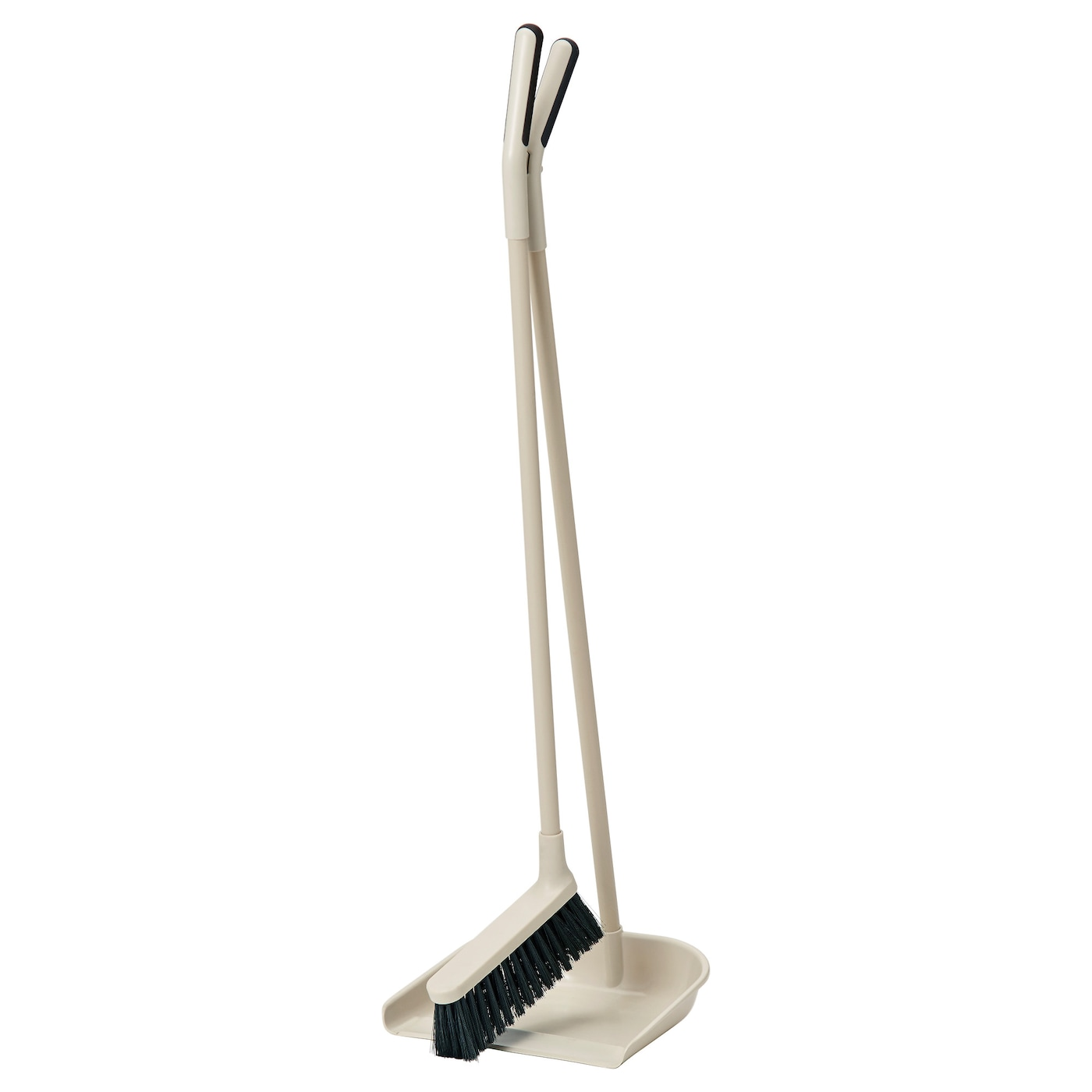 IKEA SKVALPA dustpan/broom Easy to store since the handle also functions as a holder for the broom.
