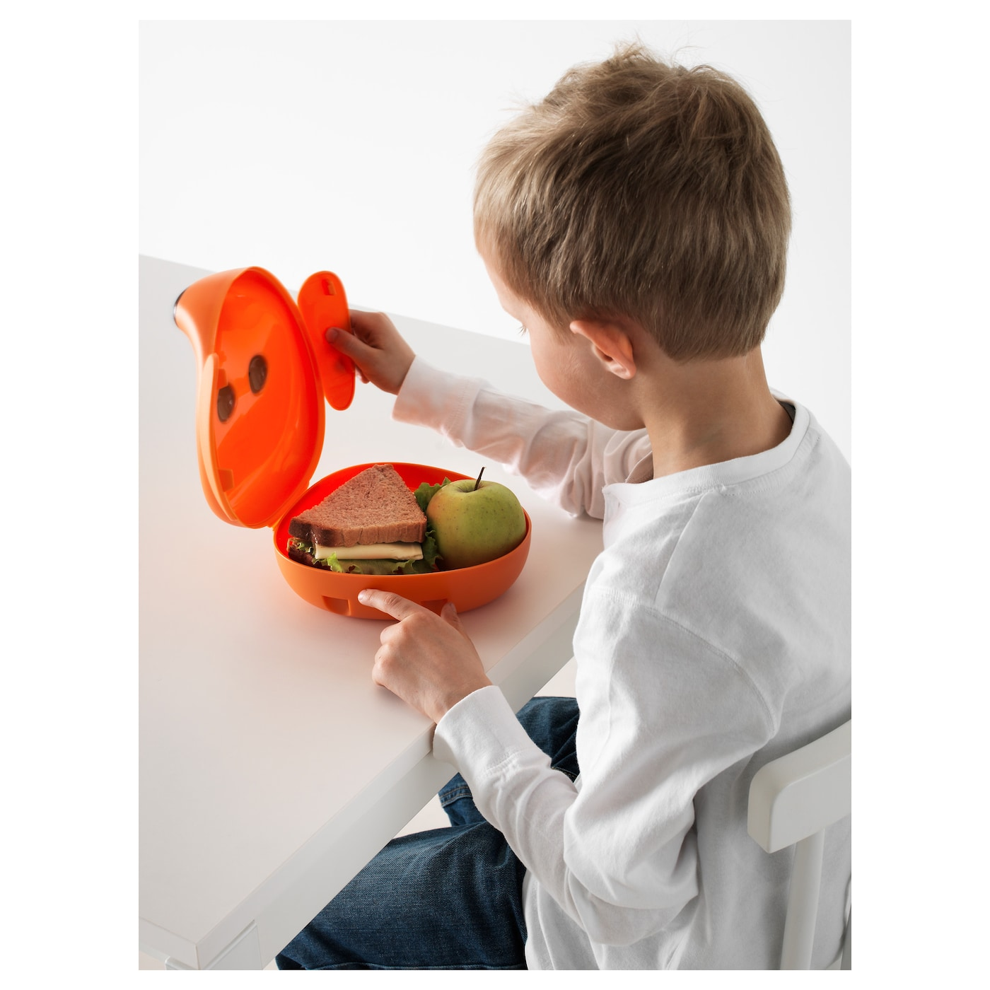 IKEA SMASKA lunch box The lid is easy for children to open and close by just turning the ears.