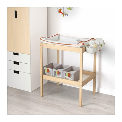 Ikea Vinstra Frisiertisch Mit Spiegel ~ IKEA SNIGLAR changing table Comfortable height for changing the baby