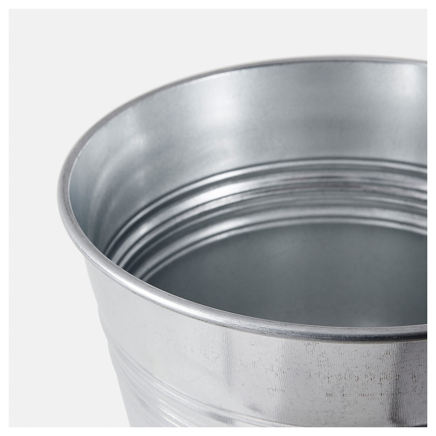 IKEA SOCKER plant pot The plant pot is galvanised to protect against corrosion.